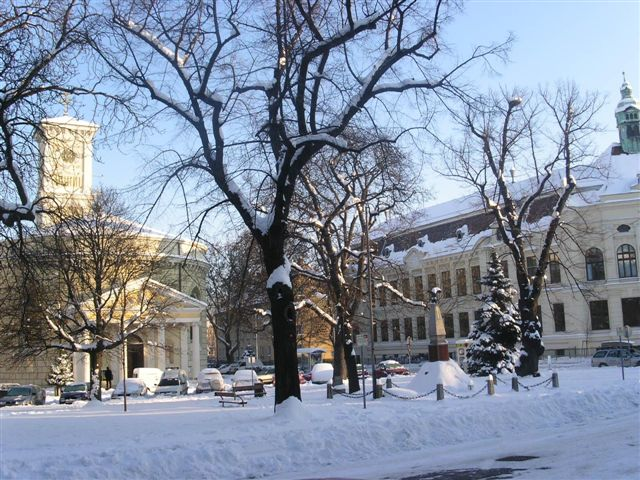 Kirchenplatz in Inzersdorf im Winter. © Ing. Felix Mayer