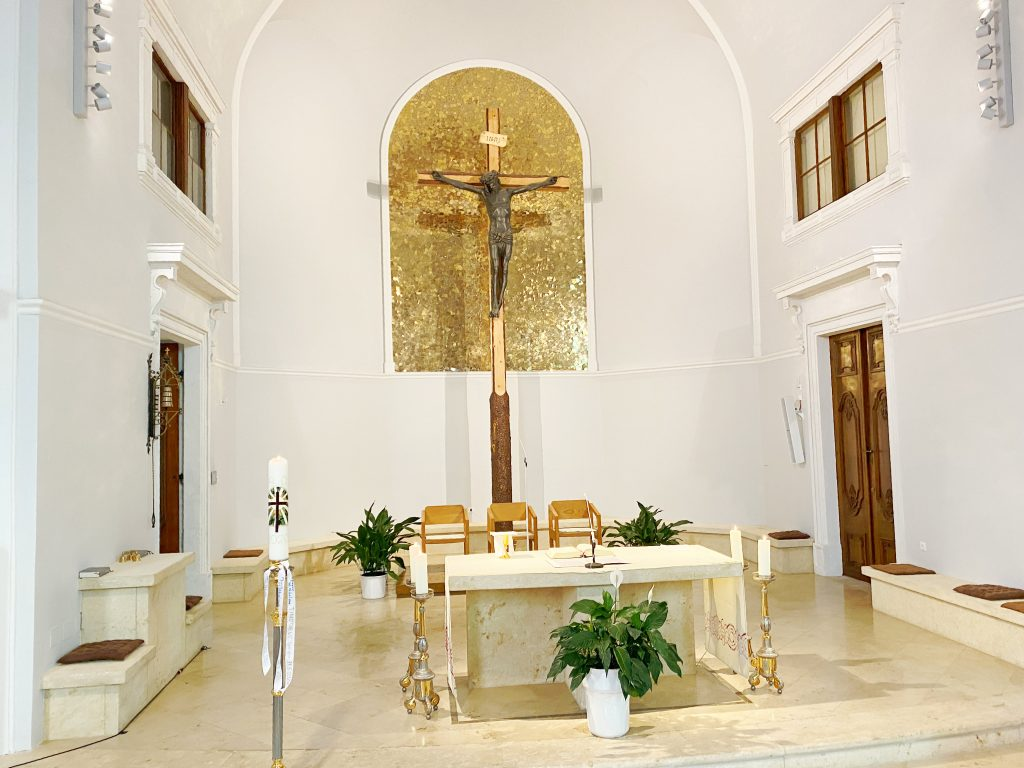 Kirche, Innansicht 5, Altarraum. © Oliver Meidl