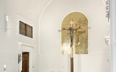 Kirche, Innansicht, Altarraum. © Oliver Meidl