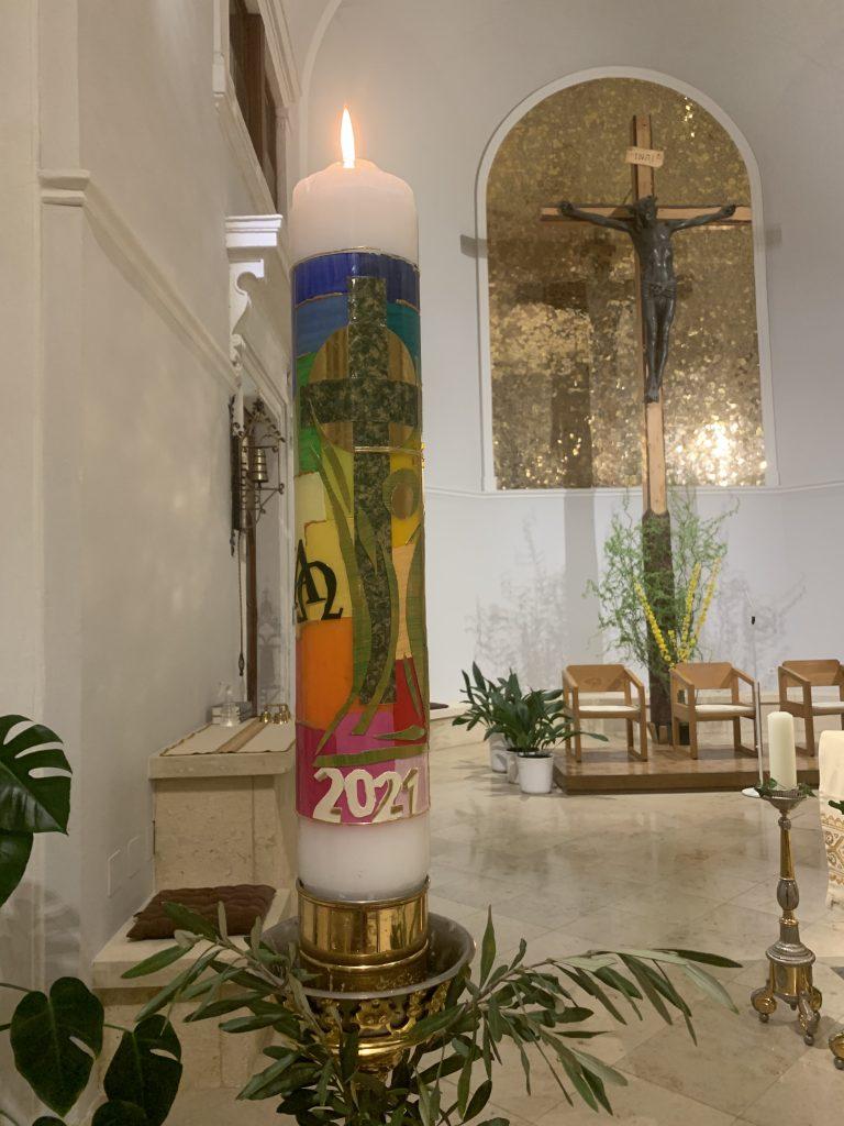 Osterkerze 2021(c) Nina Chalupsky